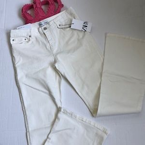 ZARA Skinny Flare Jeans in Off White